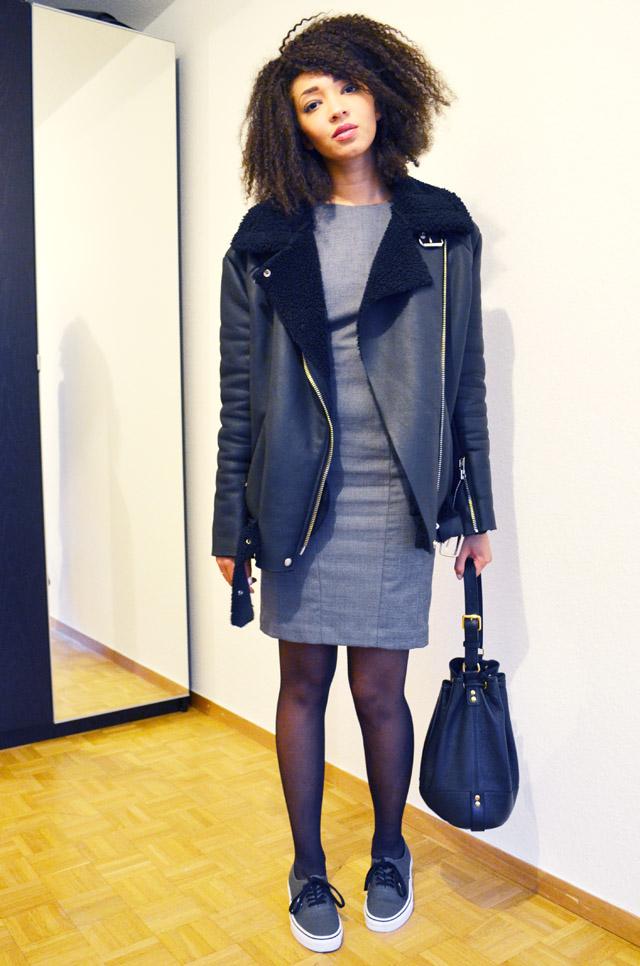 mercredie-blog-mode-fashion-blogger-suisse-geneve-afro-hair-jerry-curl-curls-nappy-weave-robe-moulante-grise-h&m-vans-grey-dark-gris-fonce-sneakers-shearling-jacket-acne-like-ersatz-stylenanda-sac-seau-apc-cuir