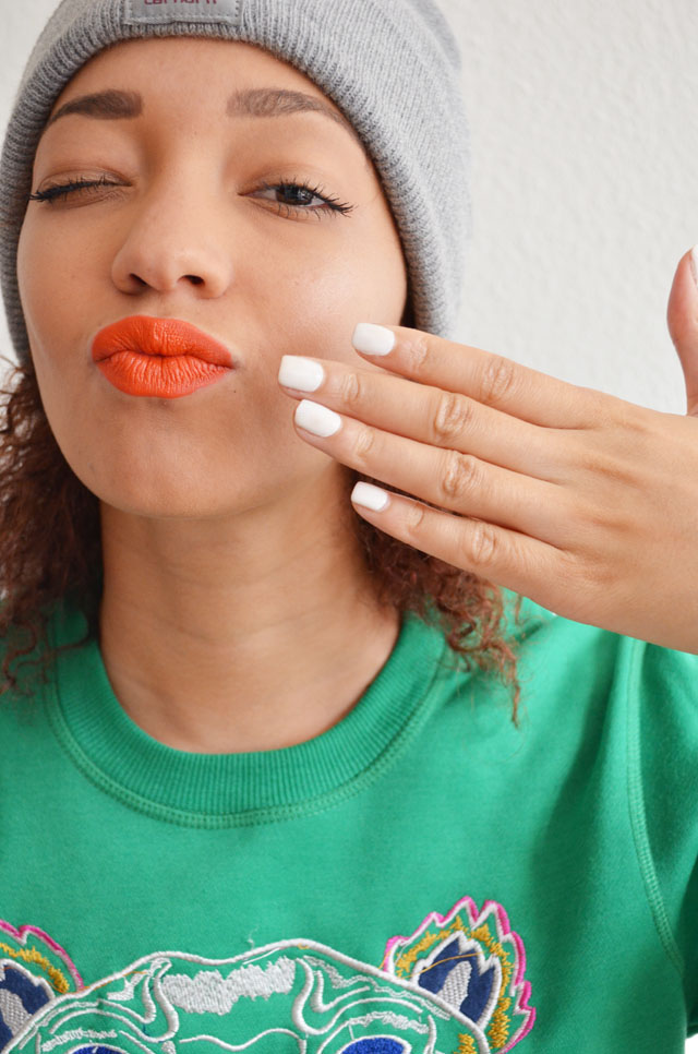 mercredie-blog-mode-beaute-ongles-manucure-semi-permanente-gel-maison-my-trendy-kit-mytrendykit-carharrt-make-up-for-ever-rouge-artist-orange-kenzo-sweat-tiger-tigre-sweater