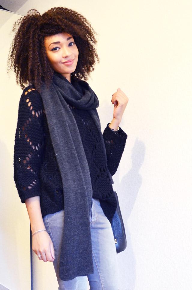 mercredie-blog-mode-geneve-echarpe-zara-oversized-grosse-jeans-gris-grey-bel-air-maille-pull-laine-rosalie