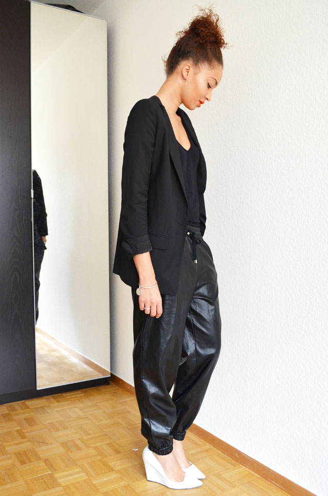 mercredie-blog-mode-geneve-suisse-fashion-blog-switzerland-blogger-look-outfit-leather-cuir-baggy-front-row-zara-wedges-compenses-escarpins-white
