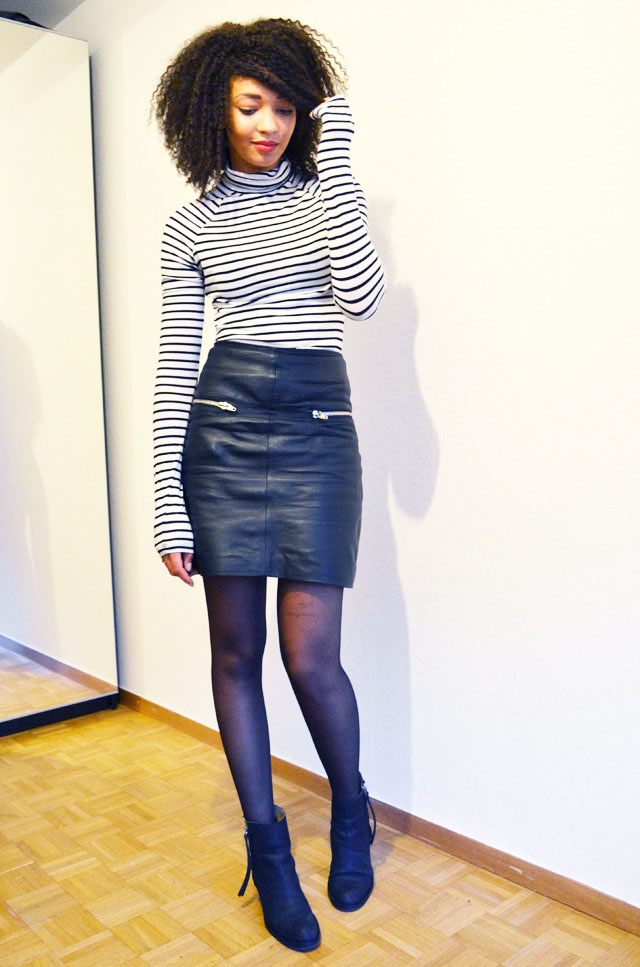 mercredie-blog-mode-geneve-suisse-mariniere-jupe-cuir-leather-skirt-pistol-acne-boots3