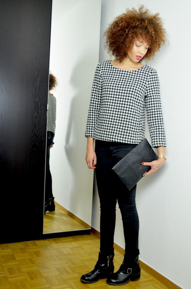 mercredie-blog-mode-geneve-chicwish-rewardstyle-houndstooth-outfit-beaute-fashion-blogger-look-skirt-shirt-allsaints-jules-boots-biker-afro-curly-hair-nappy-kinky-bcbg-maxazria-pochette-bag-sac2