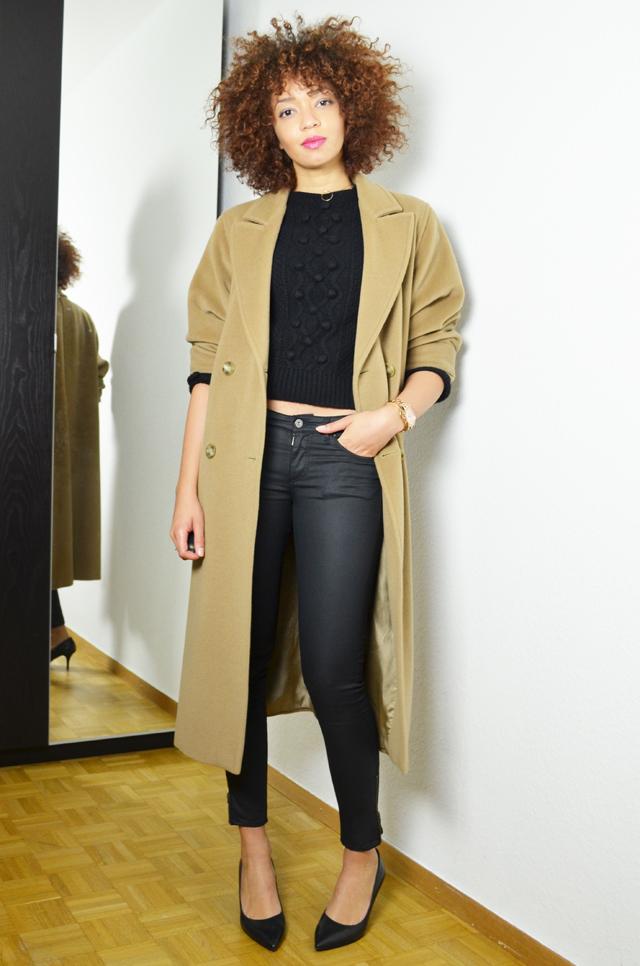 mercredie-blog-mode-geneve-oversized-coat-boyfriend-manteau-long-beige-camel-max-mara-maxmara-pochette-bcbg-maxazria-escarpins-taupage-hair--afro-natural--curls-curly-nappy3