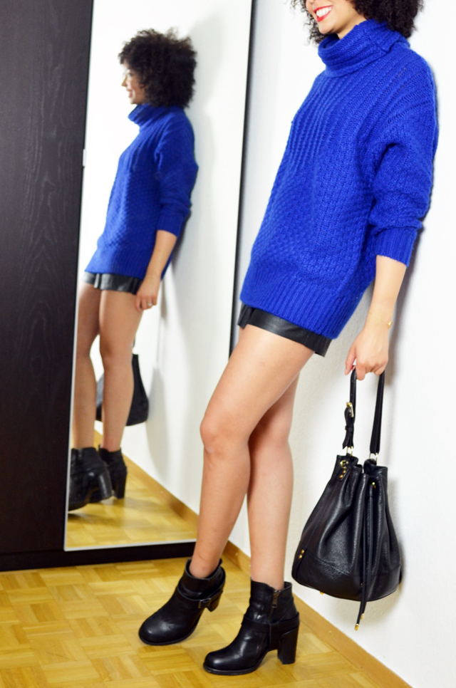 mercredie-blog-mode-geneve-fashion-blogger-blogueuse-bloggeuse-mode-les-petites-pulls-bleu-klein-short-cuir-perfore-jennyfer-allsaints-boots-jules-heeled-apc-sac-cuir-seau2