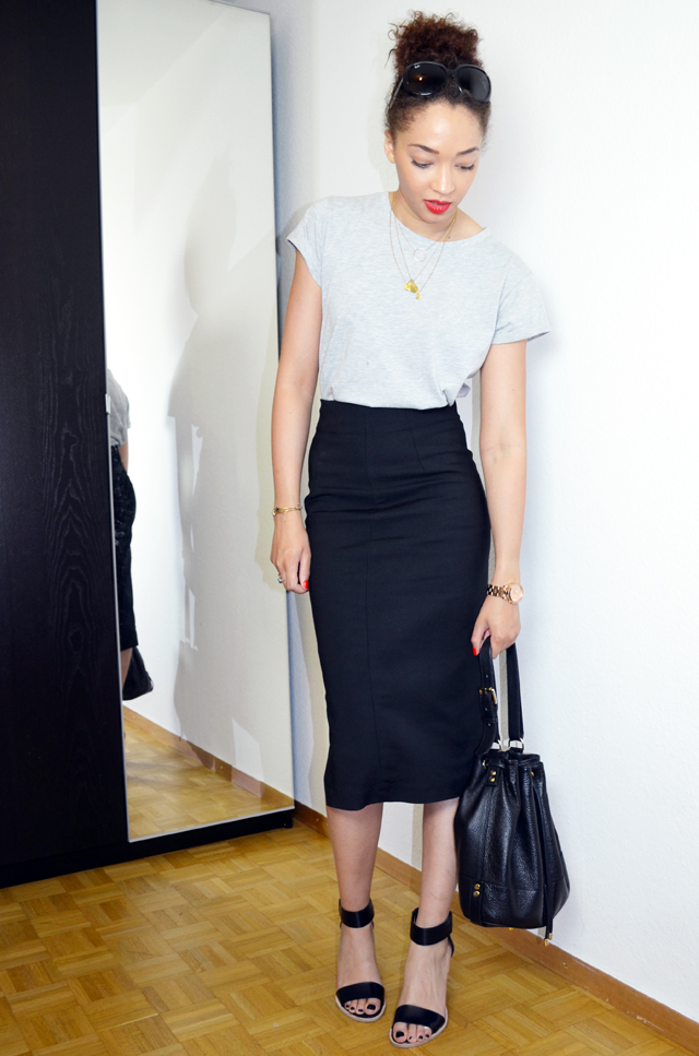 mercredie-blog-mode-geneve-pencil-skirt-look-jupe-crayon-zara-boyfriend-tshirt-cos-sandales-bun-afro-hair-sac-apc-seau