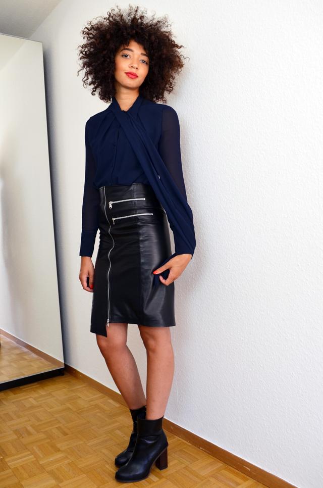 mercredie-blog-mode-geneve-jupe-bourbon-longue-slave-paris-cuir-bottines-h&m-2014-chemise-noeud-zara2