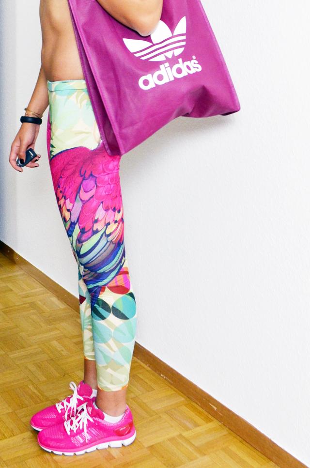 mercredie-blog-mode-reprendre-le-sport-nike-tenue-zalando-def-shop-nike-adidas-legging-perroquet-sac