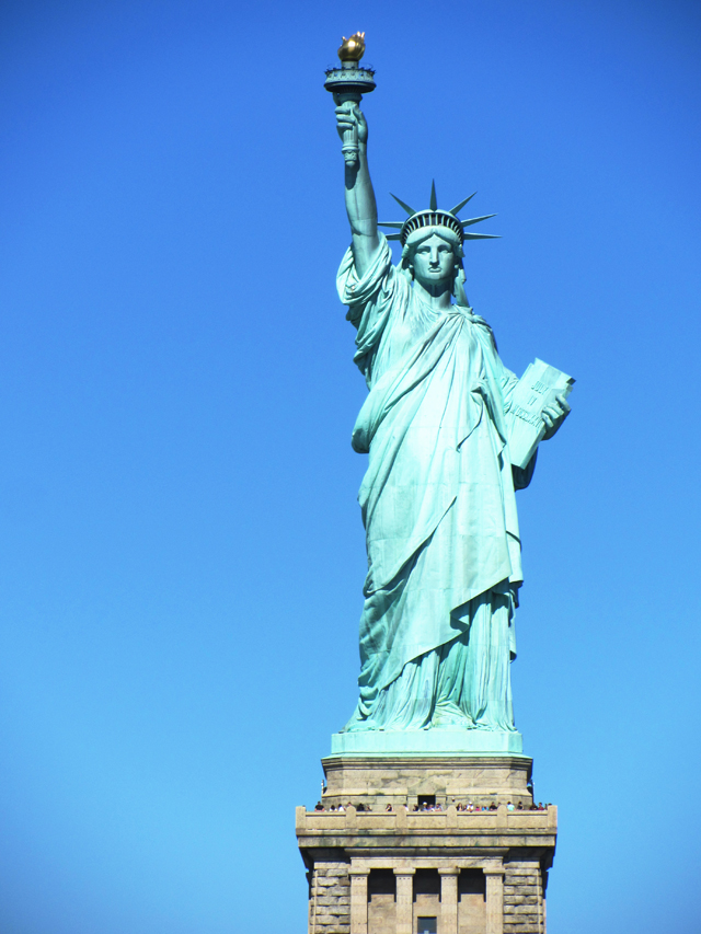 mercredie-blog-mode-voyage-nyc-new-york-croisiere-the-beast-statue-de-la-liberte-liberty-statue