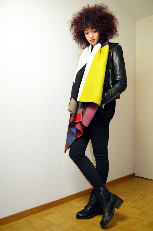 mercredie-blog-mode-geneve-2015-perfecto-balenciaga-biker-jacket-leather-afro-hair-natural-nappy-biker-boots-minelli-echarpe-scarf-burberry-like-ersatz-sheinside
