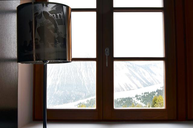 mercredie-blog-mode-voyage-ski-sports-hiver-avis-hotel-cinq-5-etoiles-le-strato-courchevel-meilleur-hotel-luxe-suite-chambre-vue-piste