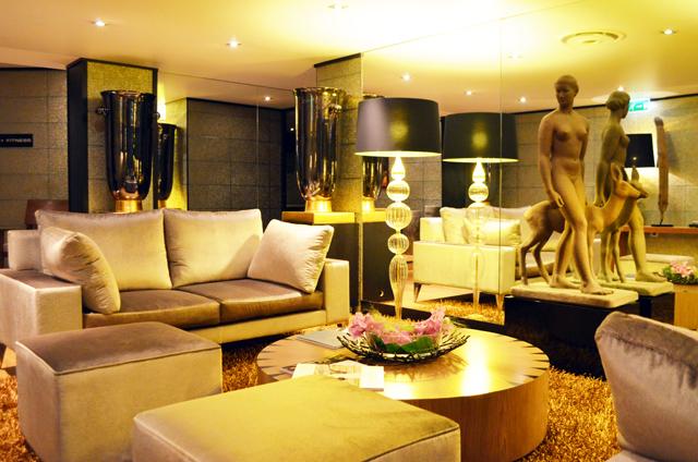 mercredie-blog-mode-voyage-ski-sports-hiver-avis-hotel-cinq-5-etoiles-le-strato-courchevel-meilleur-hotel-spa-piscine-nuxe