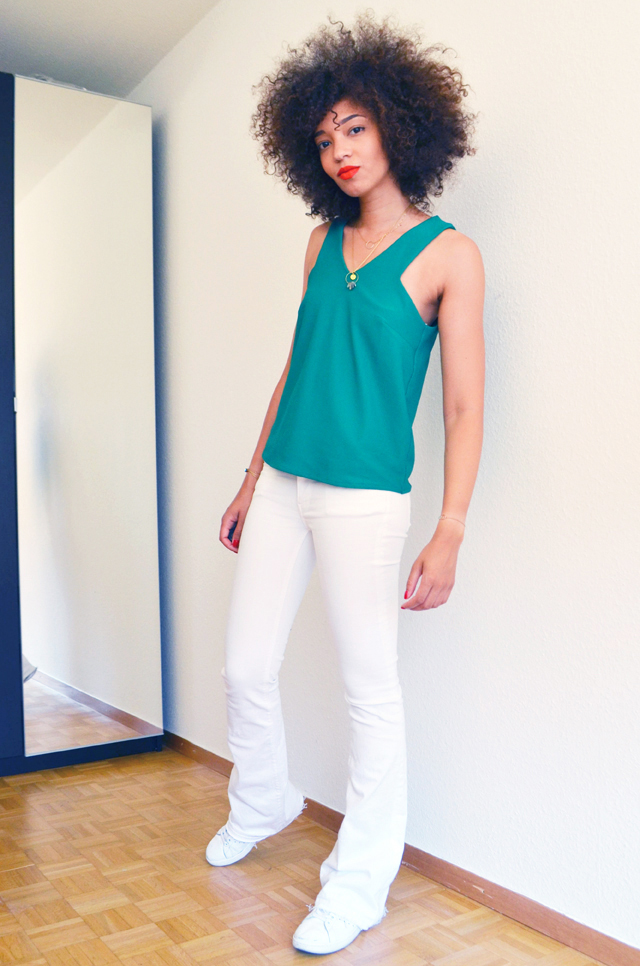 mercredie-blog-mode-top-vert-mango-ceinture-zebre-lipstick-rouge-levres-mac-lady-danger-matte-pantalon-pattes-d-elephant-blanc-zara-stan-smith-adidas-adeline-affre-nassima4