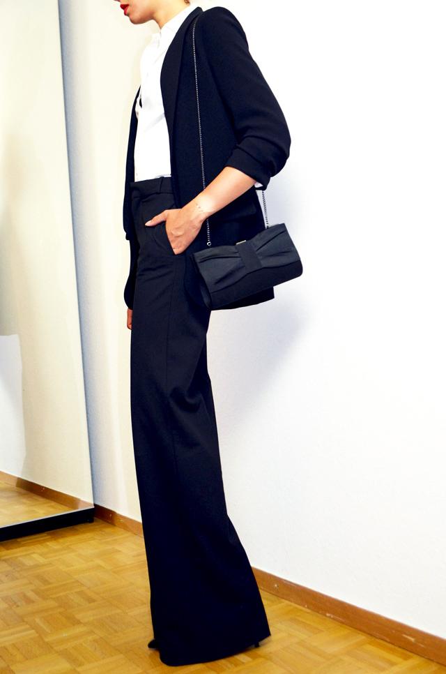 mercredie-blog-mode-geneve-flare-suit-blazer-zara-pochette-123-paris-emily
