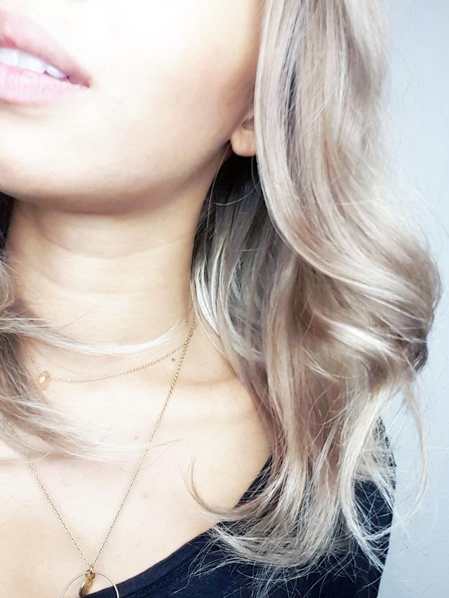 mercredie-blog-beaute--test-avis-review-cheveux-afro-frises-naturels-lacewig-blonde-beyonce-ciara-long-wavy-bob-unikbe-sur-mesure-ombre4