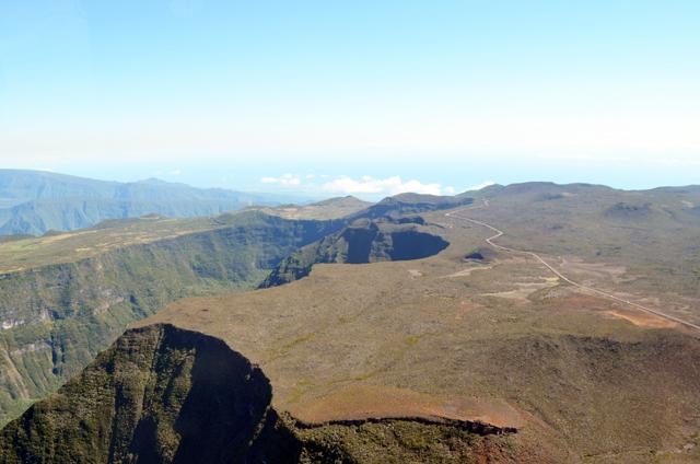 mercredie-blog-mode-voyage-la-reunion-avis-guide-tourisme-montagne-plage-volcan-piton-de-la-fournaise-cascade-helicoptere-helilagon-avis9