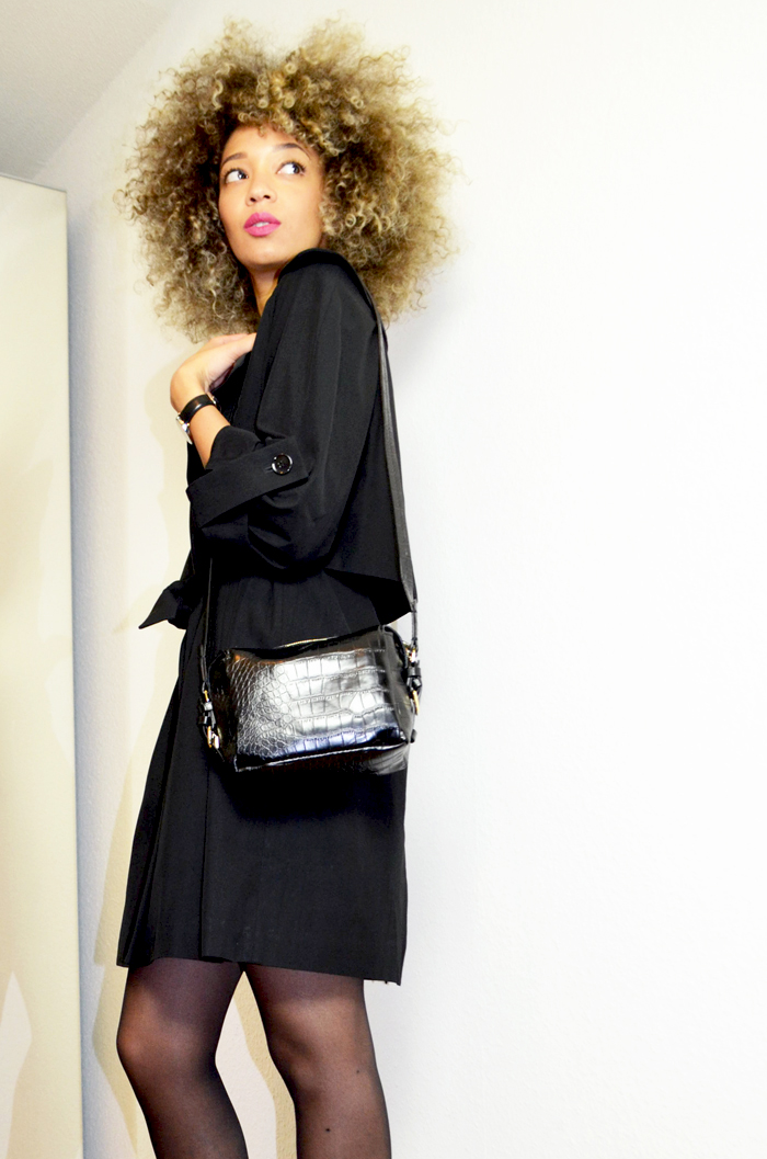 mercredie-blog-mode-beaute-geneve-trench-coat-carven-paris-black-ysl-lipstick-rose-perfecto-curly-natural-afro-blonde-bleached-hair-christophe-robin-baby-blond-masque-correcteur--sac-zara-crocodile
