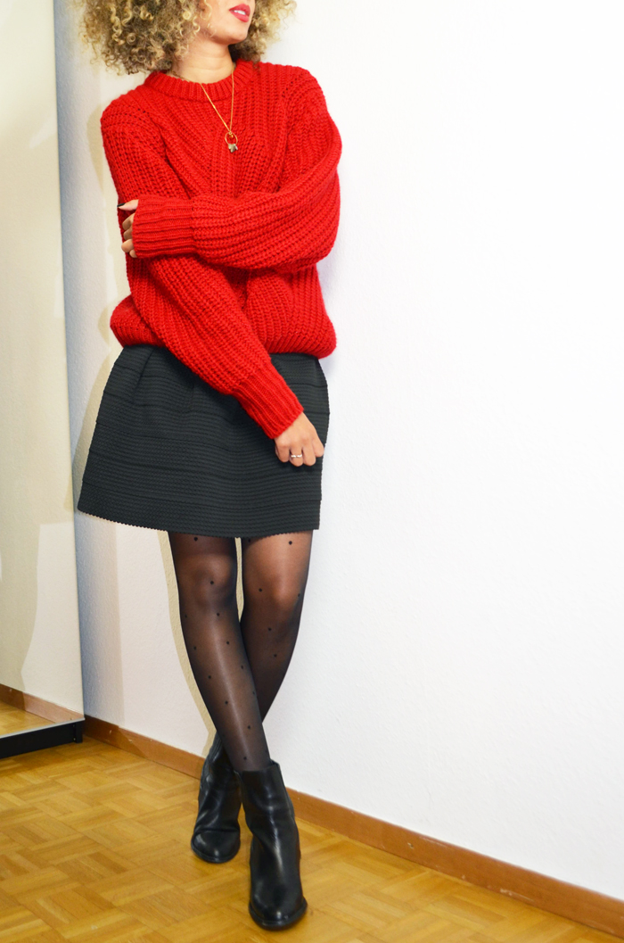 mercredie-blog-mode-geneve-collants-plumettis-etam-bottines-h&m-cuir-pull-rouge-oversized-red-sweater-wool-bimba-y-lola-curly-blonde-hair-cheveux-naturels-afro