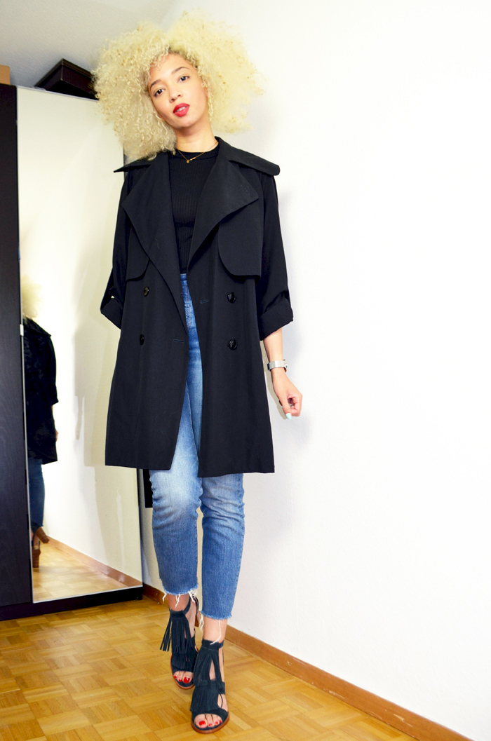 levis-skinny-high-waisted-mercredie-blog-mode-geneve-platinum-blonde-afro-curly-natural-hair-blond-platine-trench-carven-black-ted-&-muffy-Peacock2