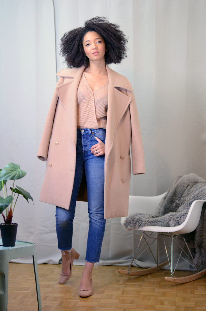 mercredie-blog-mode-zara-promod-ballerines-talons-nude-levis-wedgie-fit-jeans-cache-coeur-big-afro-natural-hair-coat-oversized-beige-nude-manteau-stella-mccartney