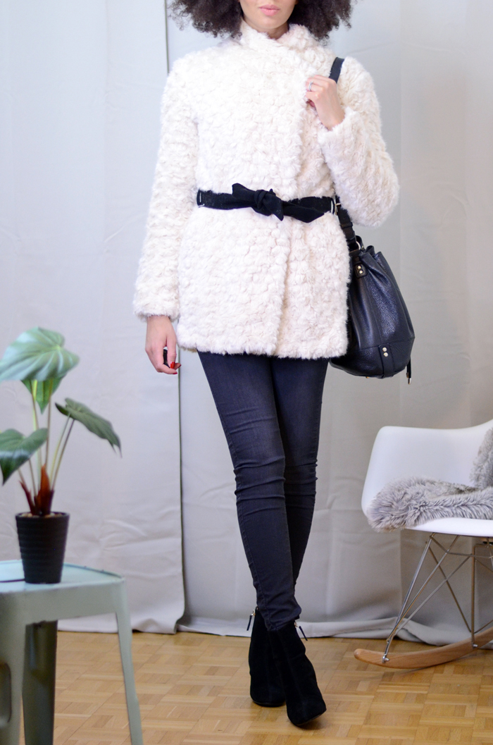 mercredie-blog-mode-soldes-promod-manteau-fausse-fourrure-sac-seau-apc-cheveux-naturels-afro-lacewig-big-beautiful-hair-outre-bottines-talons-pull-and-bear3