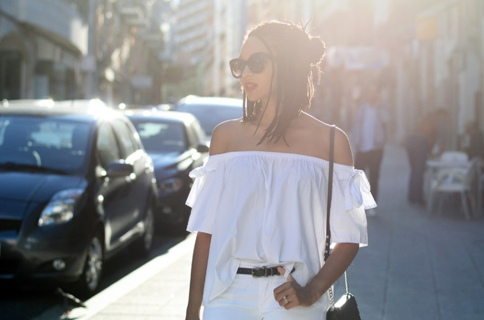 mercredie-blog-fashion-blogger-mode-geneve-suisse-santander-celine-marta-all-white-outfit-flare-elisabetta-franchetti-ceinture-kooples7