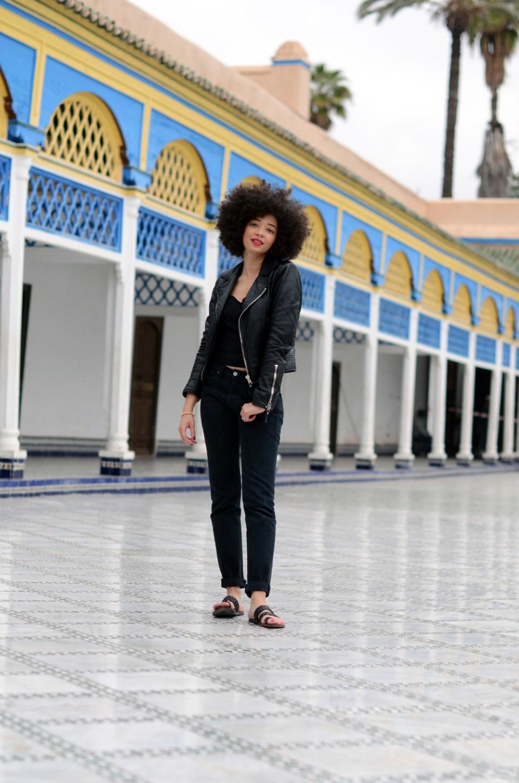 9-mercredie-blog-mode-geneve-suisse-blogueuse-bloggeuse-geneva-swiss-maroc-marocco-trip-marrakech-marrakesh-palais-bahia-cour-mozaique-zellige-balenciaga-biker-leather-jacket