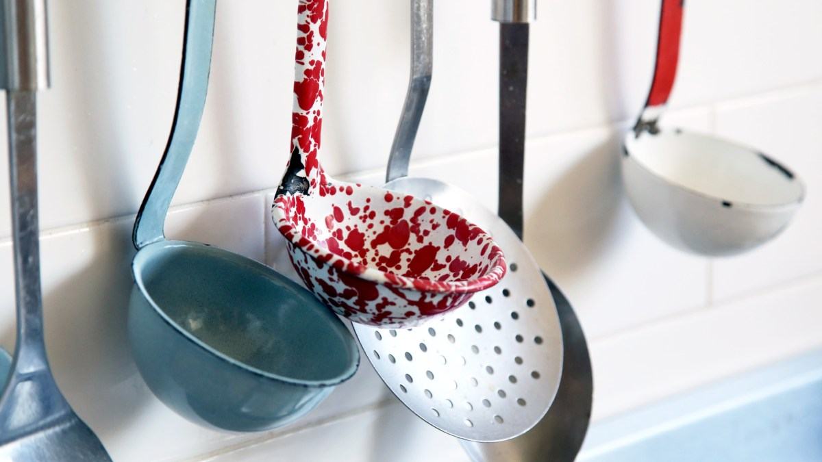 17 Easy Ways to Make Your Kitchen A Little Greener