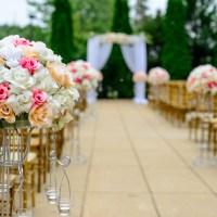 Custom Gift Ideas for a 10th Wedding Anniversary