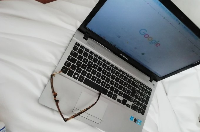 Ganhar dinheiro em casa trabalhando online: 51 ideias