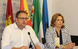El Ayuntamiento y el centro regional de Parkinson establecen vínculos de relación directa