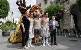 El Festival de Mérida acerca los mitos grecolatinos a todos los públicos con pasacalles y cuentos para niños
