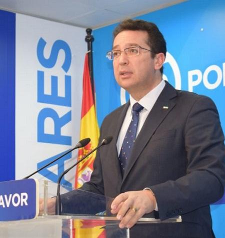 """Manzano afirma que la inoperancia del gobierno de Vara """"destroza la vida a los extremeños"""""""