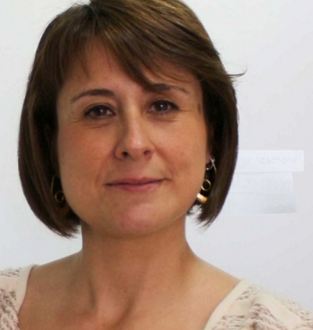La directora de la Uned se despide del cargo y destaca la apertura del centro a la ciudad en los últimos años