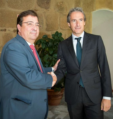 """Fernández Vara: """"Seguimos manteniendo la decisión del Pacto por el Ferrocarril"""""""