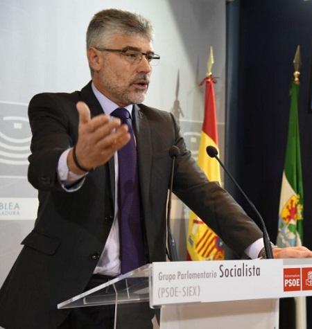 """García: """"La tendencia del desempleo es moderadamente positiva"""""""