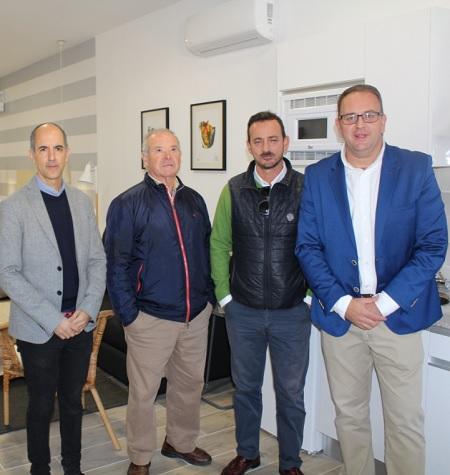 Osuna inaugura 15 nuevos apartamentos turísticos para familias, en Mérida