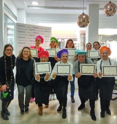 """Nueve mujeres finalizan su periodo de formación en """"Carnicería y Snack"""" enmarcado en el programa Clara"""