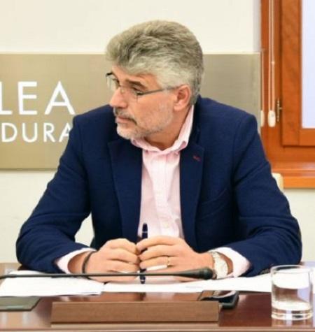 """""""Es muy grave que el alcalde de Almendralejo haya usado dinero público para pagar su defensa como imputado en el Caso Púnica"""""""
