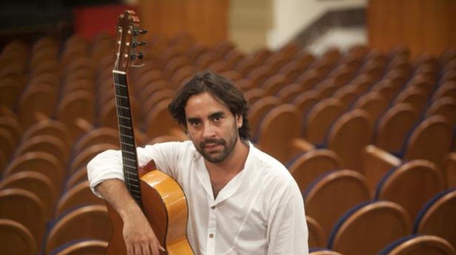 El guitarrista Daniel Casares ofrecerá en Mérida la versión flamenca del Concierto de Aranjuez
