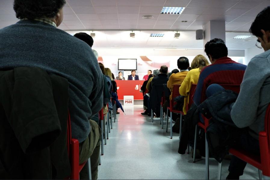 Los alcaldes socialistas extremeños exigen poder reinvertir el remanente acumulado por los consistorios para generar empleo en sus localidades