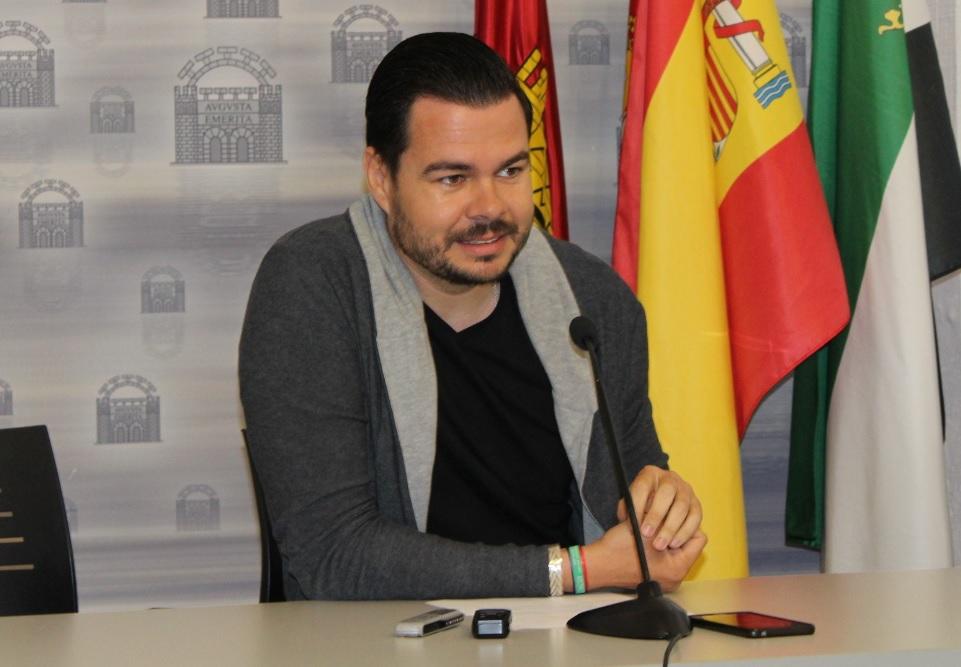 """EMÉRITA LÚDICA.Pedro Blas Vadillo: """"Se ha convertido en un evento imprescindible, para el comienzo del verano cultural en Mérida"""""""