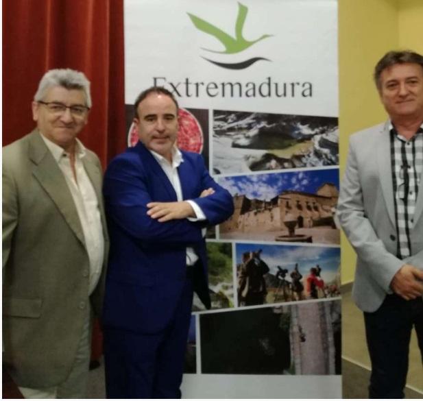 Más de 105.000 euros en la señalización turística de 66 zonas de baño este verano