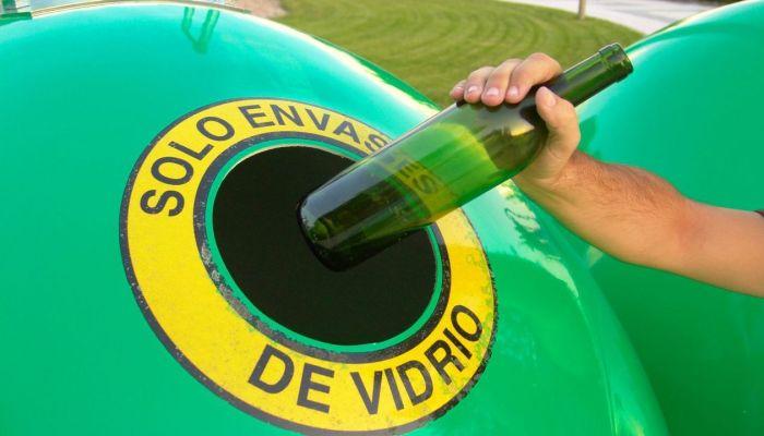 Prorrogado el convenio con Ecoembes para el reciclaje del vidrio en Mérida