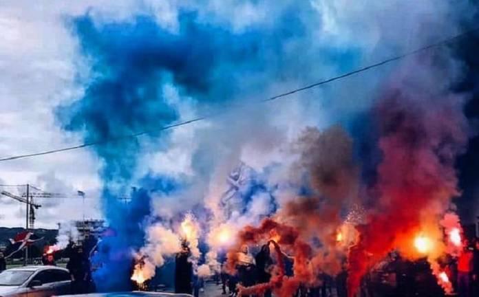 željezničar, Fudbaleri Borca spektakularno ispraćeni na istorijsko gostovanje Željezničaru (FOTO)