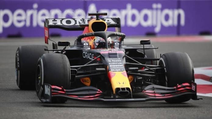 Perez, Perez pobijedio u Azerbejdžanu! Verstapenu pukla guma pet krugova prije kraja, Hamilton izletio sa staze