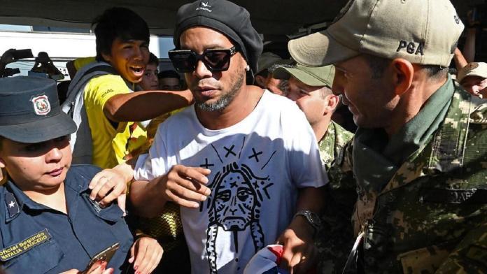 Ronaldinho, RONALDINHO PODRÍA QUEDAR LIBRE EN UNOS DÍAS