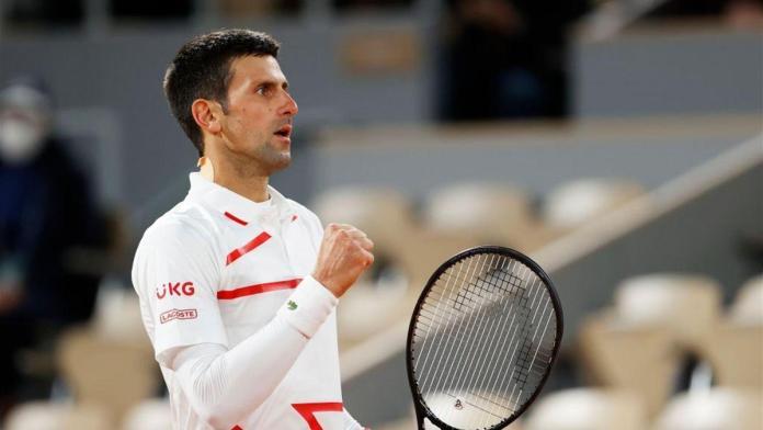 Novak Djokovic, NOVAK DJOKOVIC ESCAPA Y SE METE A SEMIS