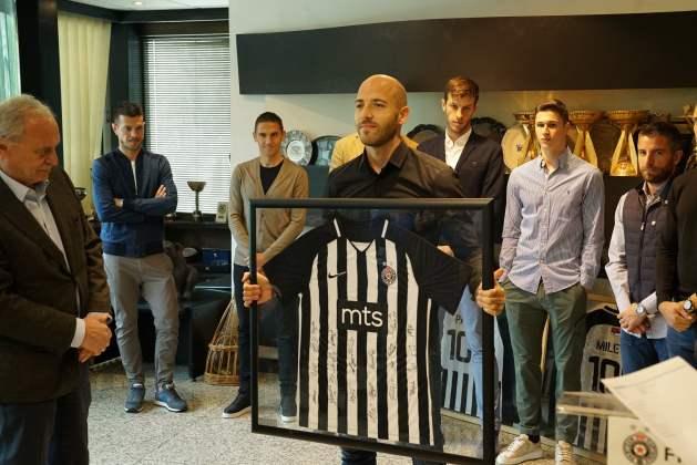 SVEČANO U PARTIZANU: Priznanja osmorici fudbalera