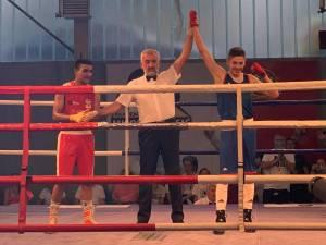 NOKAUTIRAN METALAC Loznica je prvi finalista prvenstva Srbije u boksu!