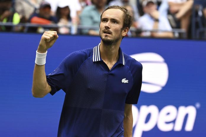 tenis-danil-medvedev-novak-đoković